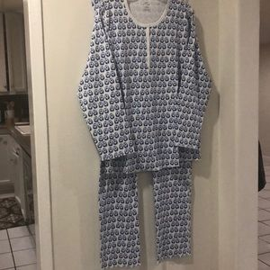 Stylish at bedtime-100% Pima Cotton-penguins.New!